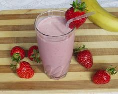 Smoothie Drinks, Smoothies, Healthy Drinks, Paleo, Herbalism, Remedies, Food And Drink, Strawberry, Health Fitness