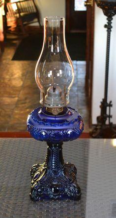 ANTIQUE COBALT BLUE PRINCESS FEATHER OIL KEROSENE LAMP THURO LARGER