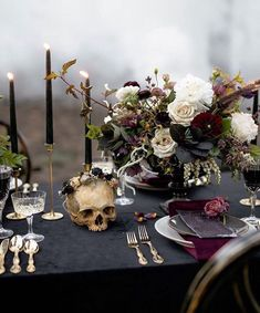 Elegance overflows at this misty Halloween ballet wedding in.- Elegance overflows at this misty Halloween ballet wedding inspiration La Tavola Fine Linen Rental: Velvet Onyx with Velvet Amethyst Napkins Wedding Themes, Our Wedding, Dream Wedding, Gothic Wedding Decorations, Halloween Wedding Centerpieces, Black Wedding Decor, Halloween Wedding Flowers, Perfect Wedding, Halloween Weddings