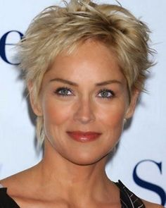 8 Judicious Tricks: Women Hairstyles For Fine Hair Over 50 older women hairstyles highlights.Women Hairstyles Over 50 Pictures. Mature Women Hairstyles, Pixie Hairstyles, Celebrity Hairstyles, Hairstyles With Bangs, Pixie Haircuts, Hairstyles 2018, Hairstyle Short, Edgy Haircuts, Beehive Hairstyle