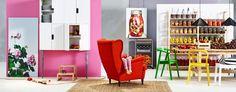 Focus sur les pied gris du meuble blanc sur fond rose!