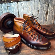 """toboxshoes: """"In house custom patina service; belt was solid brown we changed to match client new alpine boots. (at Tobox) """""""