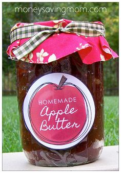 Crockpot Apple Butter Recipe (plus free printable labels!) Doing this after picking my bounty on Apple Hill! Apple Butter for all! Apple Recipes, Fall Recipes, Homemade Apple Butter, Pots, Jam And Jelly, Canning Recipes, Canning Tips, Soap Recipes, Recipies