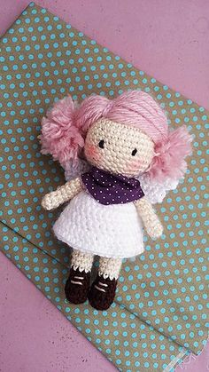 This pattern describes a cute and simple little angel, can be a toy, a gift or used as decoration. ♡