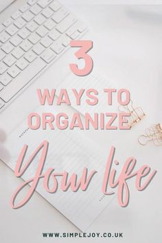 What are the key traits of an organised person? How can you start becoming more organised in your life and keep in consistent? Simple Joy   Intentional Living Coach, Decluttering & Minimalism. Helping people find more joy & less overwhelm by decluttering their home & lives. #simplejoy #organisation #organiseyourlife Personal Development Books, Self Development, How To Be More Organized, Planning And Organizing, Organize Your Life, Time Management Tips, Self Improvement Tips, Life Organization, Life Purpose