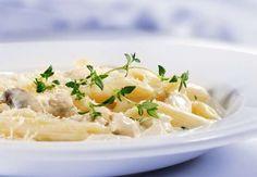 La sauce crémeuse aux champignons de ces pâtes décadentes vous régalera de…