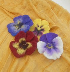 Needle Felted Flowers | 5831807803_61143dfb5f_z.jpg