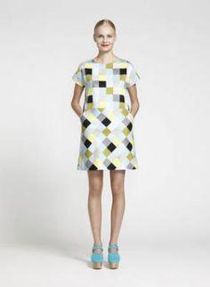 Love this dress! Tasan dress (l. Marimekko, Lemon Clothing, Pretty Dresses, Dresses For Work, Mode Vintage, Grey Yellow, Print Patterns, Sewing Patterns, Textile Design