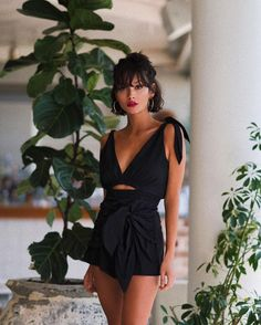 Résultat d& pour taylor lashae Fashion Mode, Look Fashion, Fashion Black, French Fashion, Classic Fashion, Fashion Fashion, Fashion Ideas, Fashion Beauty, Fashion Jewelry