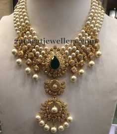 Jewellery Designs: Four Layers Heavy Pearl Necklace Indian Wedding Jewelry, Indian Jewelry, Bridal Jewelry, Beaded Jewelry, Fine Jewelry, Jewelry Necklaces, Leather Jewelry, Bohemian Jewelry, Modern Jewelry