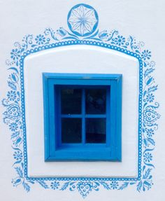 lovely window typical for West Slovakia. Painted Window Frames, Painted Doors, Stencil Painting On Walls, House Painting, House Windows, Windows And Doors, Beach Mural, Home Altar, Indian Patterns