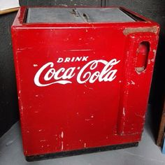 ancienne glaciere americaine coca cola coca cola. Black Bedroom Furniture Sets. Home Design Ideas