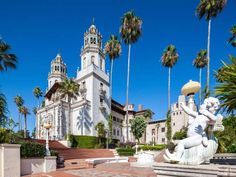 <p>In 1919, publishing magnate William Randolph Hearst inherited 250,000 acres of land that his fami... - Wim Wiskerke / Alamy