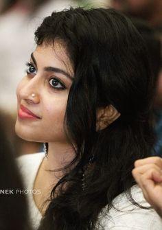 Beautiful Blonde Girl, Beautiful Girl Indian, Most Beautiful Indian Actress, Beautiful Girl Image, Beautiful Eyes, Beautiful Women, Cute Beauty, Beauty Full Girl, Beauty Women