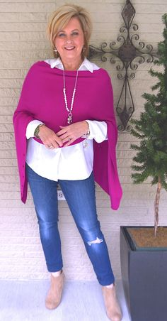 50 is not old hot pink crop wrap 50 Fashion, Fall Fashion Trends, Fashion Over 40, Autumn Fashion, Fashion Outfits, Fashion Stores, Casual Outfits, Fashion Capsule, Fashion Websites