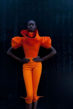 Black woman in Orange outfit Fashion Moda, Fashion Week, Fashion Art, High Fashion, Fashion Design, Fashion Poses, Fashion Trends, Looks Style, Looks Cool