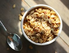 Pretty/Hungry + Golden Girl Granola (Giveaway!) -