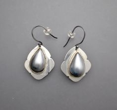 Etsy の RESERVED......Tahitian Mabe Pearl Drops by Temi