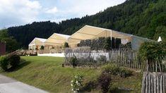 #Hochzeit #Empfang_im_Zelt #Heiraten_im_Zelt #Heiraten_im_eigenem_Garten #Kärnten #Velden Kunst Party, Shabby, Holiday Tops, Letter A Crafts, Letter Wall, Beams, Woodworking Projects, Backdrops, Diys