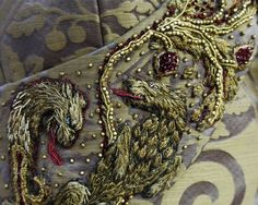 I don't watch game of thrones. Costume Embroidery & Illustration by Michele Carragher for Film & TV - Game of Thrones Gallery Embroidery Fashion, Beaded Embroidery, Hand Embroidery, Embroidery Jewelry, Embroidery Patterns, Fashion Games, Fashion Art, Fashion Sewing, Vintage Fashion