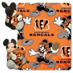 Cincinnati Bengals NFL Mickey Mouse with Throw Combo
