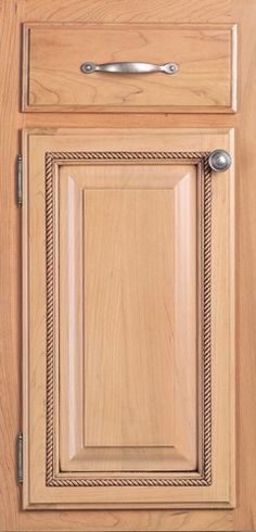 Door Styles: Cherry Summit Square w/ 3/8 - Visit Showroom in Columbus Ohio - Kitchen Kraft Inc, Kitchen Cabinets Remodeling. - Door Style : Summit Square w/ 3/8  Door Type : Applied Molding  Finish : 200, Mocha, Parchment  Drawer : Slab  Material : Cherry