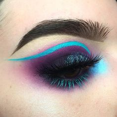 WEBSTA @ tralee.stack - Love these colors together -Products:-@sugarpill Poison Plum in the crease with @katvondbeauty Metal Matte shade Ribbon-@katvondbeauty Pastel Goth shade Doom on my inner corner with Alchemist Palette shade Saphyre on top-@wolfefaceartfx Hydrocolor for the liner and lashes-@anastasiabeverlyhills DipBrow in Ebony-