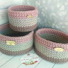 New Crochet Basket Trapillo 21 Ideas Diy Crochet Basket, Crochet Bowl, Crochet Basket Pattern, Knit Basket, Love Crochet, Crochet Gifts, Crochet Hooks, Knit Crochet, Crochet Motifs