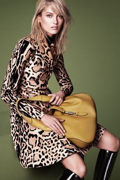 Gucci's Girls--The fall-winter 2014 campaign from Gucci has even more top models in its cast, as revealed on WWD earlier today. Yesterday, we saw a preview