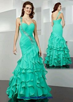 Love this dress #teal #lightblue