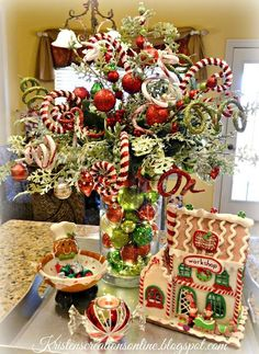 Christmas Decorations Ideas 2018 For Office till Christmas Home Decor Games those Christmas Home Tour Kitchener so Christmas Chronicles Judah Lewis beyond Christmas Elf Gingerbread Christmas Decor, Elf Christmas Decorations, Christmas Arrangements, Noel Christmas, Christmas Centerpieces, Christmas Wreaths, Christmas Crafts, Holiday Decor, Christmas Planters