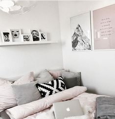 Small Bedroom Storage Solutions Designed to Save-up Space – Best Home Decoration Cute Bedroom Ideas, Cute Room Decor, Home Bedroom, Bedroom Decor, Bedroom Storage, Deco Studio, Aesthetic Room Decor, Dream Rooms, Dream Bedroom