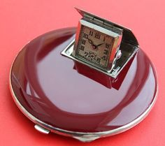 Vintage Art Deco Travel Powder Compact Red Enamel Case with Watch.