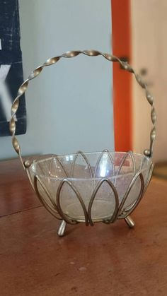 Check out this item in my Etsy shop https://www.etsy.com/listing/276775874/metal-basket-artistic-wire-products-east