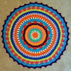 Resultado de imagen para almohadones con mandalas al crochet