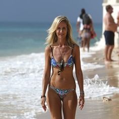 Lady Victoria Hervey shows off her impressive figure on the beach in Barbados