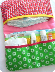 "Pocket diaper ""Collection POP FOLK"" - for diapers and wipes - Best Sewing Tips Diy Sewing Projects, Sewing Hacks, Sewing Tips, Nappy Wallet, Diy Bebe, Baby Couture, Baby Sewing, Baby Quilts, Baby Shower"
