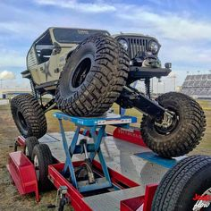 Jeep Flow — Shout out to for this sick photo. Jeep Suv, Jeep Truck, Jeep Willys, Super Trucks Racing, Auto Racing, Bubble Tent, Jeep Photos, Custom Jeep, Jeep Wrangler Unlimited