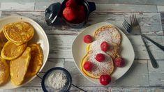 Prosty przepis na racuchy na maślance, robi się je dosłownie w kilka minut, a placuszki wychodzą puszyste i smaczne. Pancakes, Breakfast, Food, Morning Coffee, Essen, Pancake, Meals, Yemek, Eten
