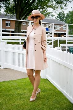 "Uuliya Shelepova:  ""My hat is vintage and my coat and dress are from Zara. I'm carrying a Massimo Dutti bag and the shoes were a present.""    via Vogue UK from Royal Ascot."