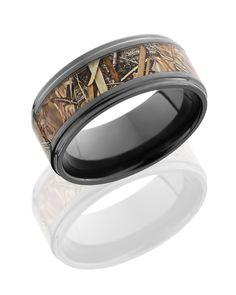Black Zirconium 8mm Wide Kingsfield Camouflage Wedding Band. This unique mens wedding band is a total of 8mm wide with flat style and a 5mm inlay of Kingsfield Camouflage and grooved edge. Available w