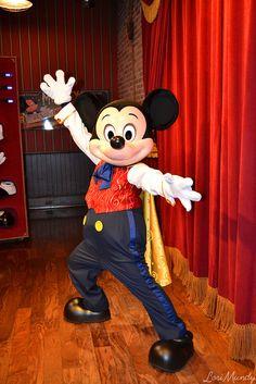 "Talking Magician Mickey Mouse posing for a photo as ""The Wizard"" Talking Mickey Mouse, Mickey Mouse And Friends, Mickey Minnie Mouse, Mickey Ears, Cute Disney, Walt Disney, Disney Parks, Disney Addict, Disney Scrapbook"