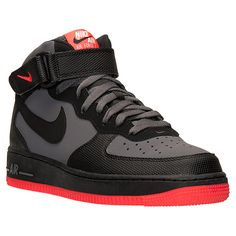 What To Look For In A New Pair Of Shoes. Are you someone who enjoys shoe shopping? Or, is shopping for mens shoes something you try to stay away from? You can make shoe shopping easier and Sneakers Nike Jordan, Women's Sneakers, Baskets, Nike Shoes Air Force, Fly Shoes, White Nike Shoes, Fresh Shoes, Hype Shoes, Nike Basketball Shoes