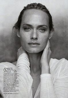 Supermodels no makeup, little-to-no retouching for French Elle - Amber Valletta
