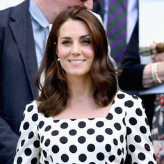 Date: July 03, 2017 Where: Wimbledon Royal: Catherine, Duchess of Cambridge Why: Opening day. Note: LOOK AT HER NEW HAIR CUT ITS SO CUTE OML via ✨ @padgram ✨(http://dl.padgram.com)