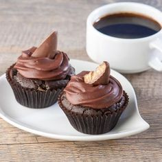 (Gluten-Free) Chocolate Toffee Cupcakes