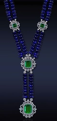 Beautiful Jewelry Watches Sapphire bead necklace with emeralds and diamonds set in platinum. Beautiful Jewelry Watches Sapphire bead necklace with emeralds and diamonds set in platinum. Sapphire Jewelry, Sapphire Earrings, Antique Jewelry, Vintage Jewelry, Ideas Joyería, Jewelry Necklaces, Beaded Necklace, Jewelry Watches, Shopper