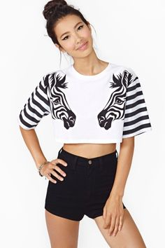 Zebra Crop Tee in Clothes Tops Cropped at Nasty Gal Girl Fashion, Fashion Outfits, Womens Fashion, Kleidung Design, T Shirt Painting, Painted Clothes, T Shirts For Women, Clothes For Women, Crop Tee