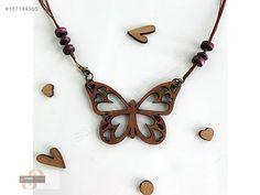 AHŞAP BAYAN KOLYE KALPLİ KELEBEK - Bijuteri Kolye modelleri ve Bayan takı mücevher çeşitleri sahibinden.com'da