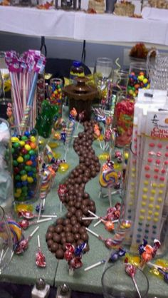 Willy Wonka the candy man table scape